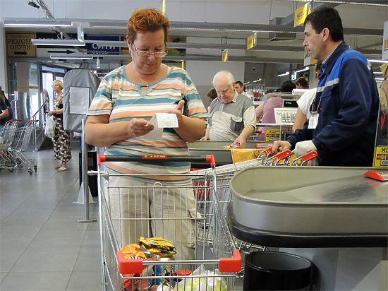 Социологи объяснили апатичную реакцию сограждан на рост цен