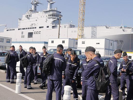 Путин и Олланд договорились по «Мистралям»
