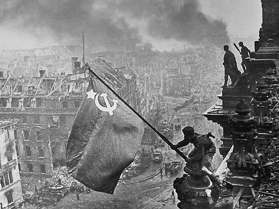 «Решающий момент»: Военные фото Халдея шокируют жителей Дюссельдорфа