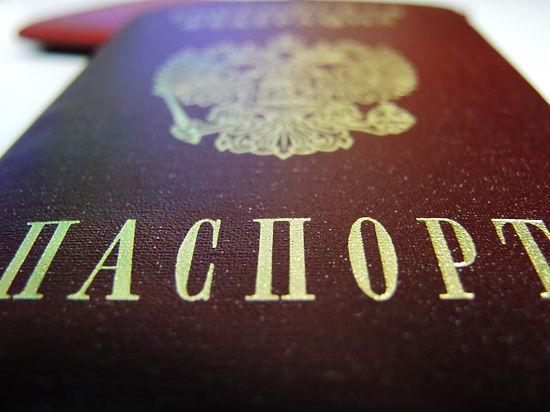 Литва не впустила уроженца Крыма с новым российским паспортом