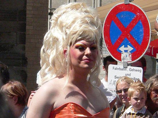 Гей-туризм как брендинг Одессы: город-герой готовится к параду ЛГБТ