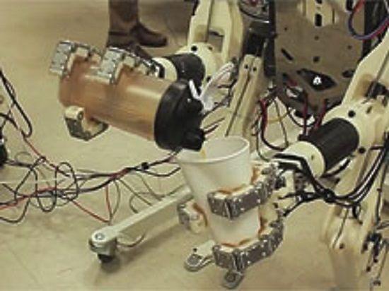 Инженеры Массачусетского технологического института представили робота-спасателя