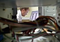 Великобритания потратит 3 млрд долларов на кибервойну с Россией