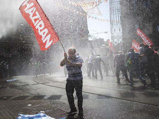 Коалиционное правительство не сформировано, в ответ на удары власти наносят удары