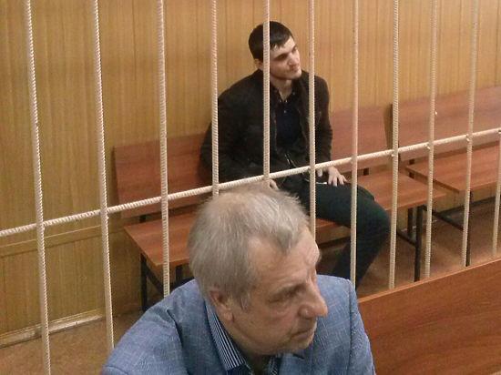 26-летний Анар Идрисов, задержанный за хулиганство, обозвал дознавателя клоуном