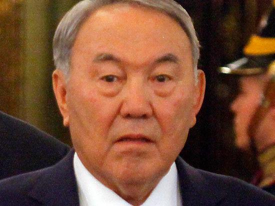 Назарбаев призвал готовиться к худшему: нефть опустится до $30
