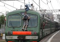 Подмосковная школьница погибла при попытке сделать селфи на железнодорожной станции