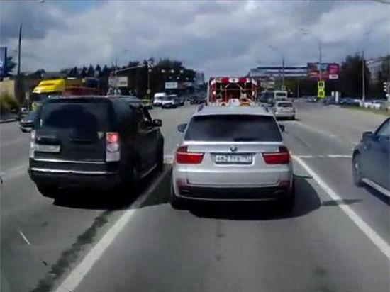 Водитель BMW X5, петлявшего перед «скорой»: «На меня давили психологически!»