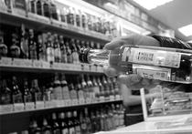 Население России может сократиться вдвое за одно поколение из-за алкоголизма