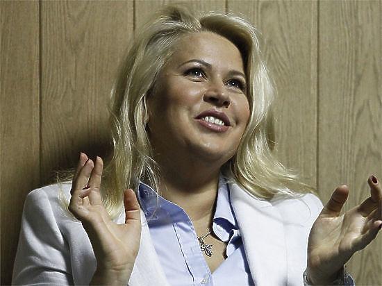 Социологи: 70% россиян против условно-досрочного освобождения Евгении Васильевой