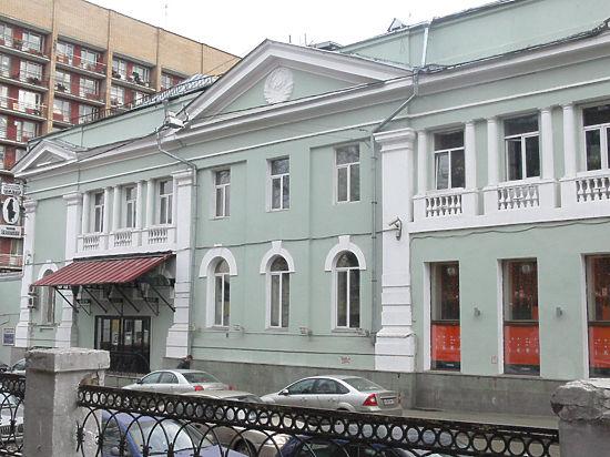 «Гоголь-центр» около нуля: кто вытянет Серебренникова из долговой ямы?