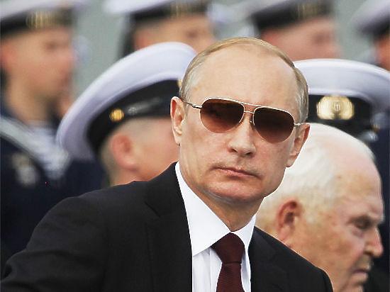 Bloomberg: Популярность Путина начнет таять, если нефть подешевеет до $30