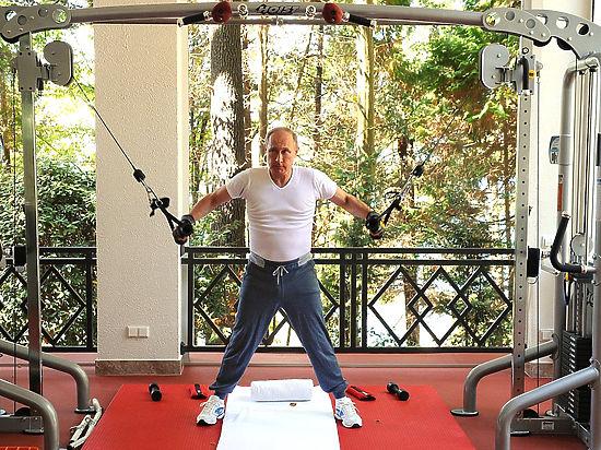 Интернет взбудоражило совместное утро Путина и Медведева с иностранными брендами