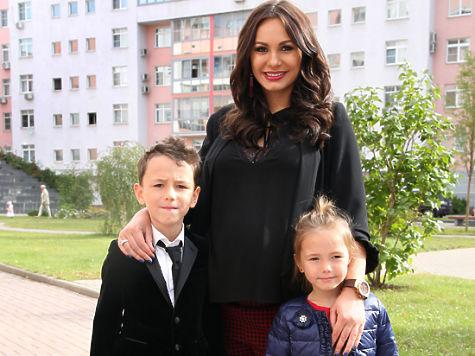 Дмитрий дюжев семья фото 2015 фильм преступная деятельность джон траволта
