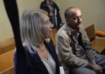 Обидчик сестры Водяновой спасся бегством из зала суда