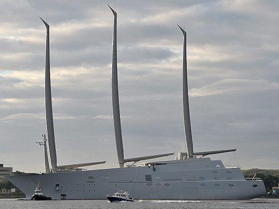 Мега-яхта олигарха Мельниченко за 400 миллионов отправляется в первое плавание
