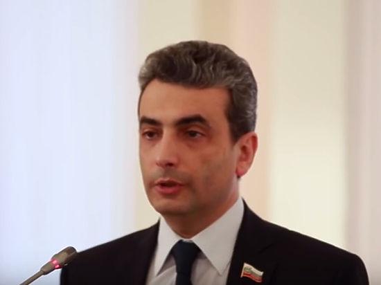 Депутата Псковского заксобрания Льва Шлосберга лишили мандата: «Агент Госдепа!»