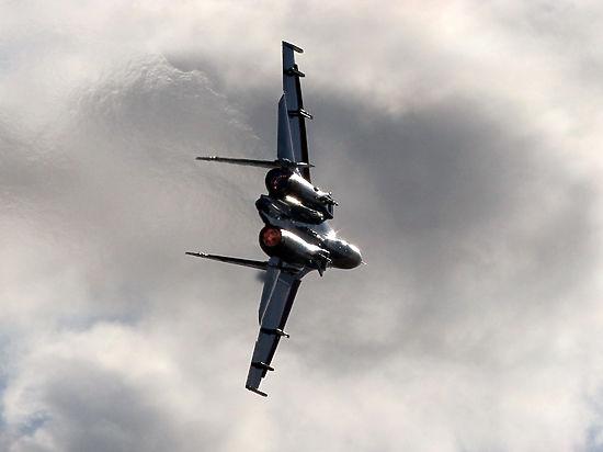 Российские ВВС разбомбили завод, где ИГИЛ готовило машины к терактам