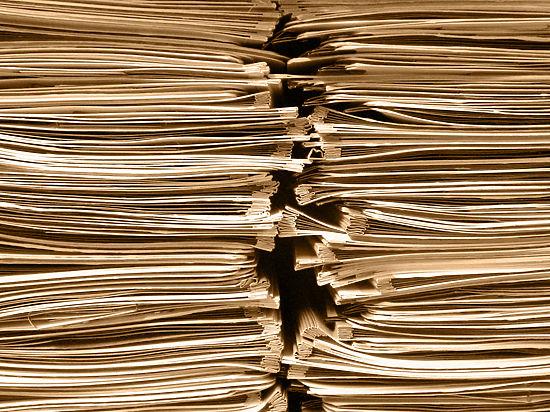 Вину валят на бывшего нотариуса, которого уволили за нарушения в работе