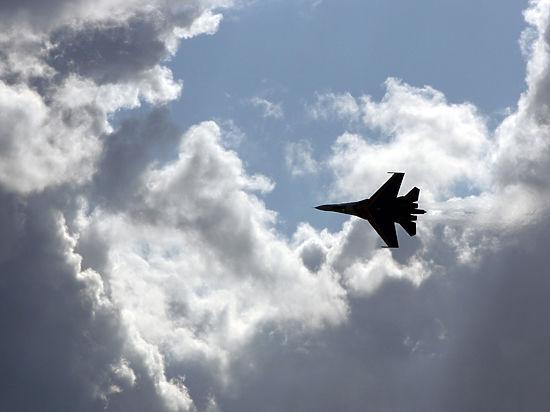 НАТО потребовало от России прекратить бомбёжку Сирии