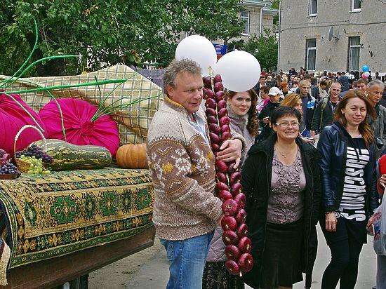 Любимец публики и звезда отечественного кино рассказал о своей любви к крымскому луку.
