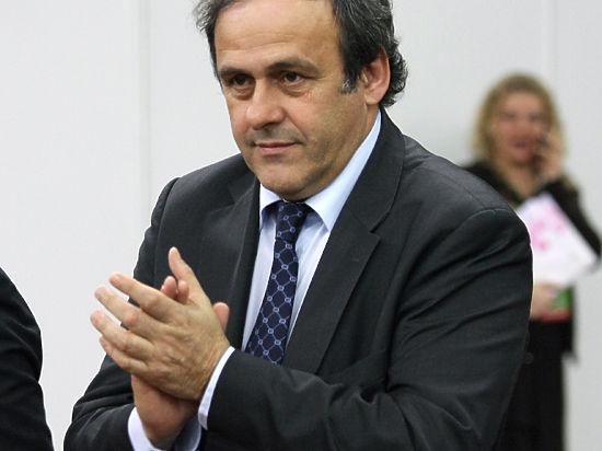 Платини подтвердил получение двух миллионов швейцарских франков от Блаттера