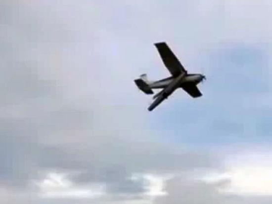 Американский истребитель FA-18 разбился рядом с базой британских ВВС