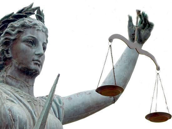 Компенсацию морального вреда запретили облагать налогом