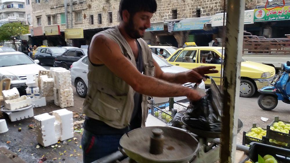Восточный рынок: жизнь простых сирийцев глазами спецкора МК
