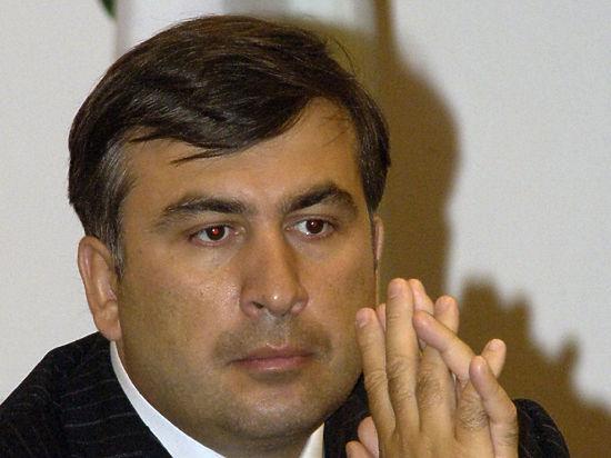 Саакашвили решил пожертвовать матерью с младенцем