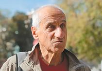 Пенсионера, облитого краской у Кремля, выдвинули на правозащитную премию