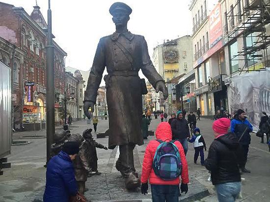 Памятник герою произведения михалкова в москве памятники из гранита недорого у центрі буковеля