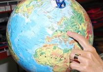 Эстонцы выпустили игрушечный глобус, на котором Россия и след простыл