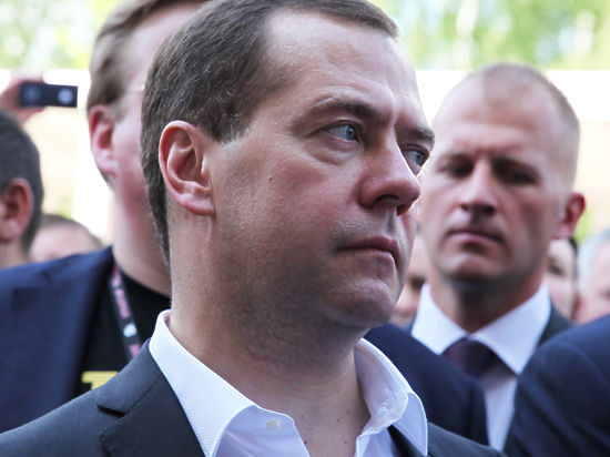 Миронов попросит правительство РФ заморозить