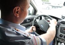 В России появятся дорожные патрули без опознавательных знаков, чтобы эффективнее бороться с лихачами, сообщил заместитель главы МВД РФ Виктор Кирьянов.