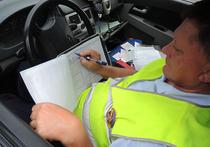 Полицейские автомобили без опознавательных знаков, оборудованные приборами видеорегистрации, начали работать на дорогах Москвы