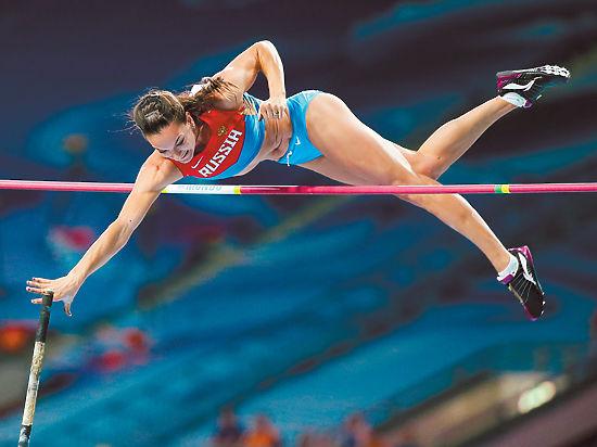 Еще до шокирующего сообщения об отстранении наших атлетов двукратная олимпийская чемпионка в прыжках с шестом Елена Исинбаева написала открытое письмо