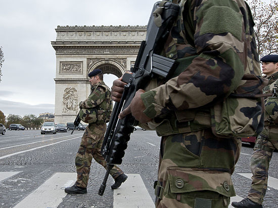 Ранее СМИ сообщили, что полицейские поймали самого разыскиваемого в Бельгии преступника Салаха Абдеслама