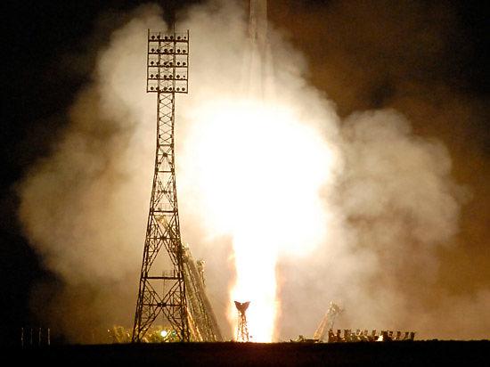 Российские военные запустили спутник системы предупреждения о ракетном нападении