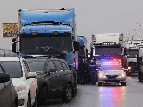 Воронежские дороги стали поперек горла автомобилистам
