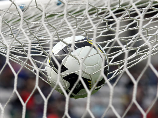 Угроза терактов: футбол отменили, но не везде