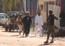 В пятницу вооруженные люди совершили нападение на пятизвездочный отель в столице Мали Бамако, захватив десятки заложников