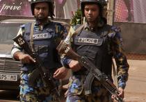 В столице государства Мали, Бамако, расположенного в Западной Африке, боевики-джихадисты атаковали отель, захватив в нем в заложники 170 постояльцев