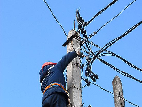 Блэкаут в Крыму: 1,9 млн жителей полуострова остаются без света