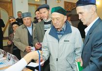 Продовольственная блокада Крыма и последующий блэкаут были инспирированы «Правым сектором» и маргиналами из компании Джемилева, которые почему-то именуют себя крымскими патриотами и тем не менее живут по принципу: чем хуже людям в Крыму, тем лучше для них