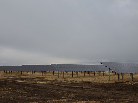 Первая солнечная электростанция начала вырабатывать энергию