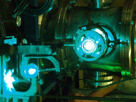 Российские ученые представили новшество - передачу энергии на орбите лазером