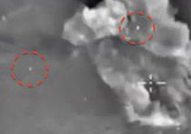 """Странное видео было снято в Сирии в момент бомбардировки беспилотником ВКС РФ позиций боевиков запрещенной в России террористической группировки """"Исламское государство"""""""