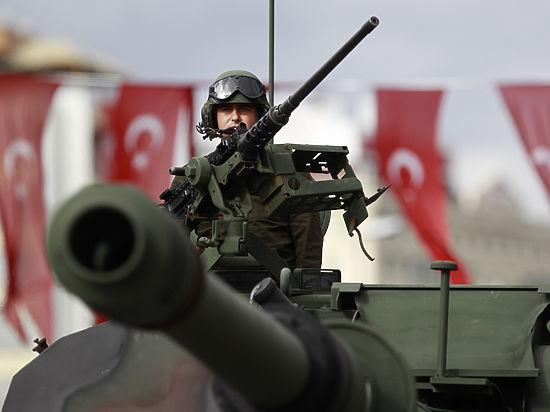 СМИ: Вашингтон потребовал от Турции закрыть границу с Сирией
