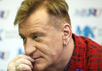 Персоной нон-грата на Украине неожиданно для себя и окружающих стал певец Сергей Пенкин - один из самых закрытых для медийных проектов поп-исполнитель, сроду не попадающий ни в какие скандалы